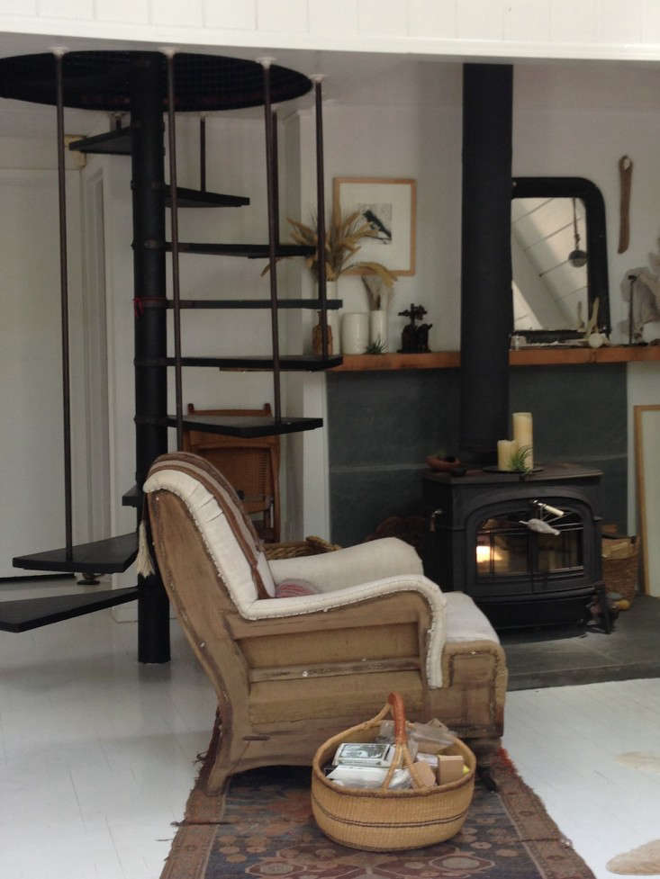 Vote for the Best LivingDining Space in the Remodelista Considered Design Awards 2014 Amateur Category portrait 25