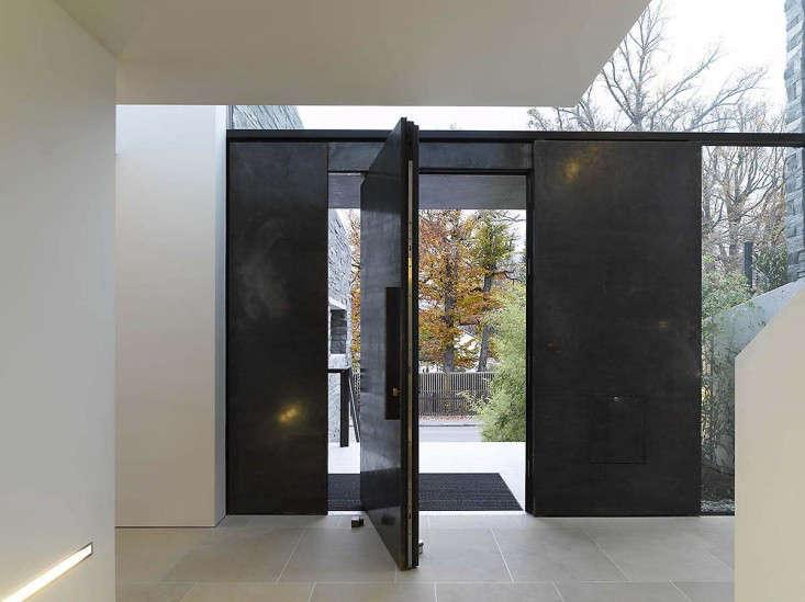 Titus Bernard Pivot Door