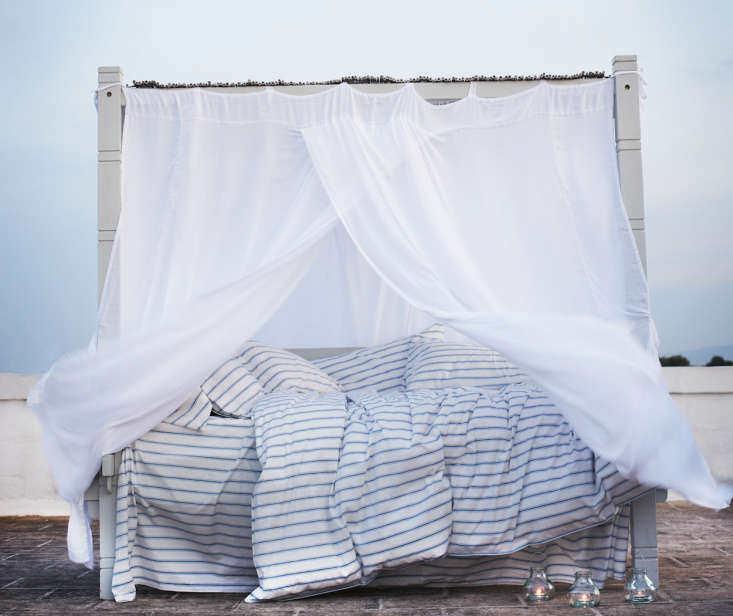 7 Favorites AegeanInspired Summer Linens portrait 3