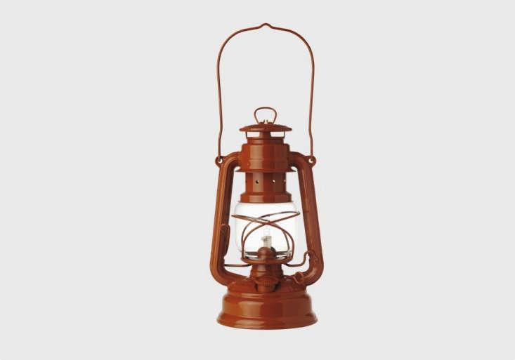 5 Favorites Classic Oil Lanterns portrait 3