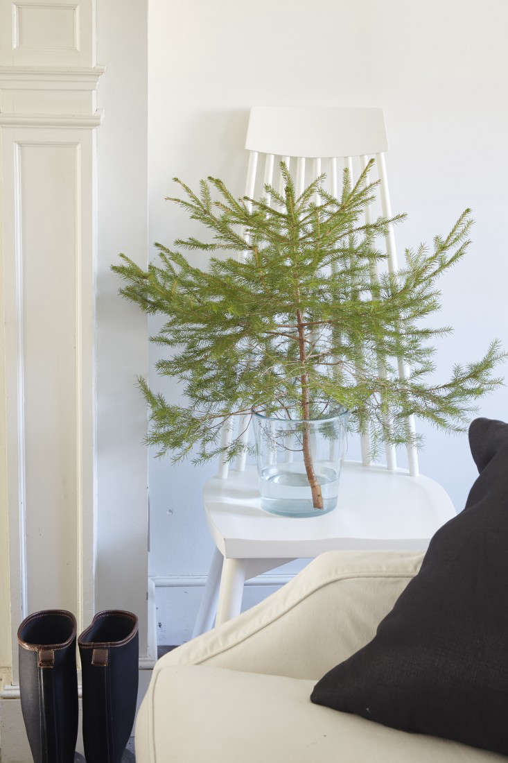 The Simple Life 10 Christmas Holiday Tips from Tricia Foley portrait 5