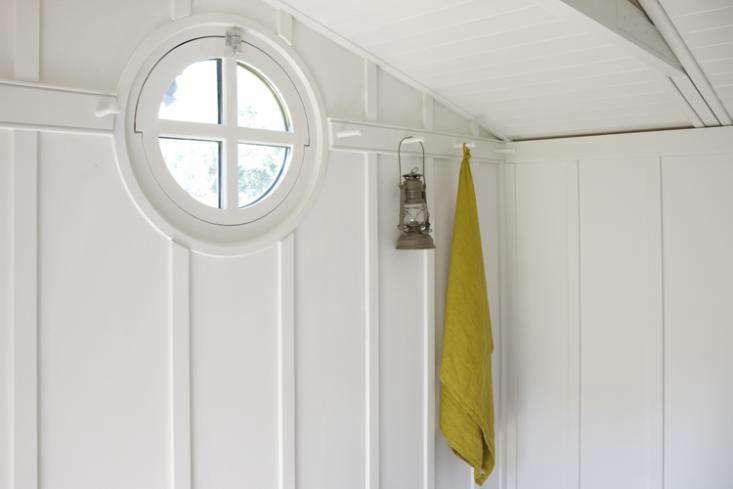 a porthole adds a nautical touch. 11