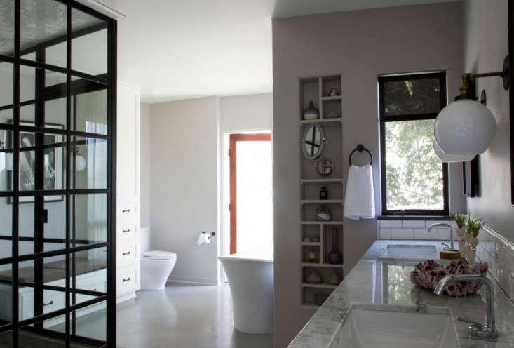 Vidal bathroom rehab 5