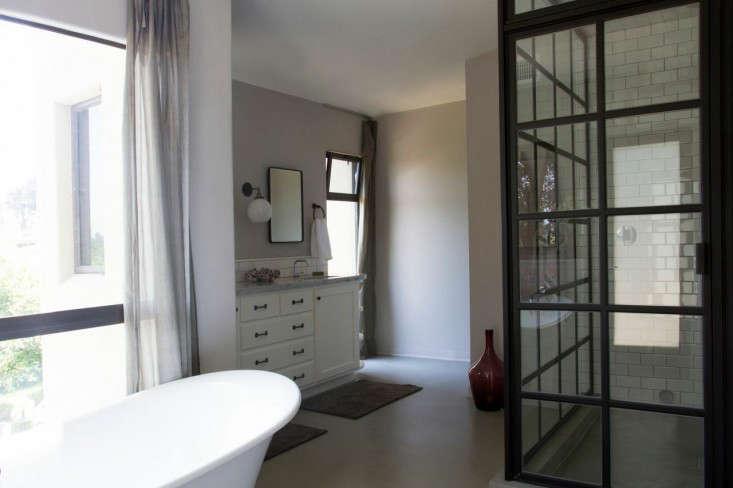 Vidal bathroom rehab 6