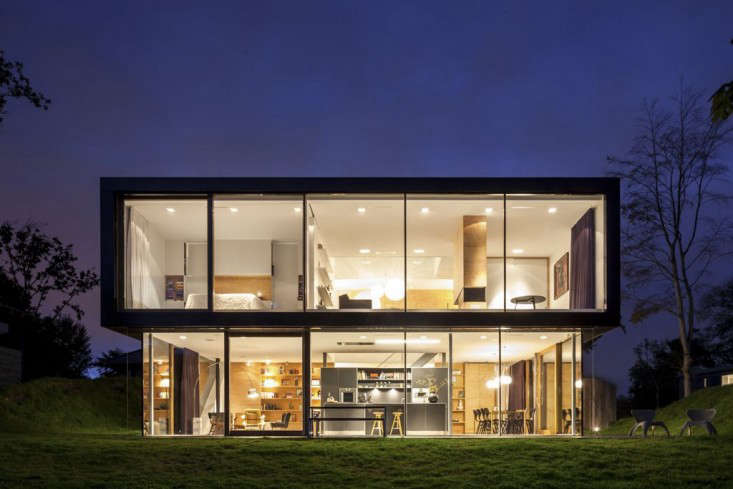 the house&#8\2\17;s layout is on full view atnight. 25