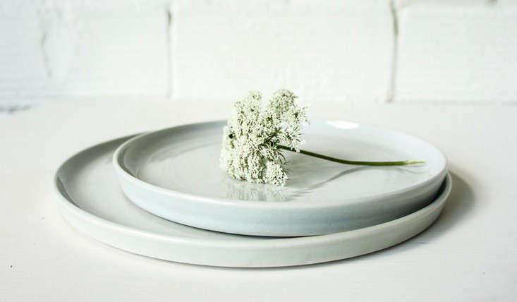 10 Easy Pieces Handmade Dinnerware from Ceramics Studios portrait 6
