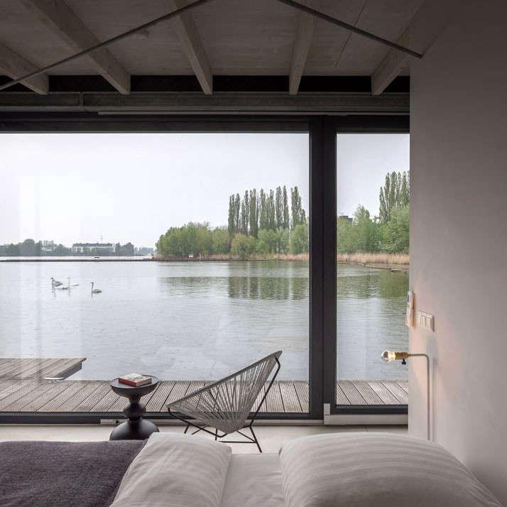 WelcomeBeyond Modern Houseboat remodelista bedroom 1