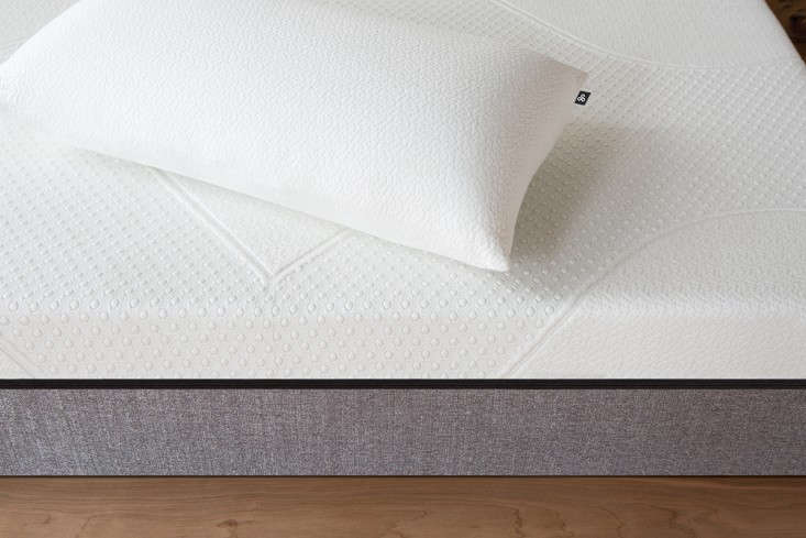 Founded in Charlotte, North Carolina, in , Yogabedpositions itself as Casper&#8
