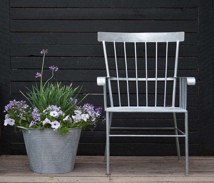 Zinc Shaker Chair 01