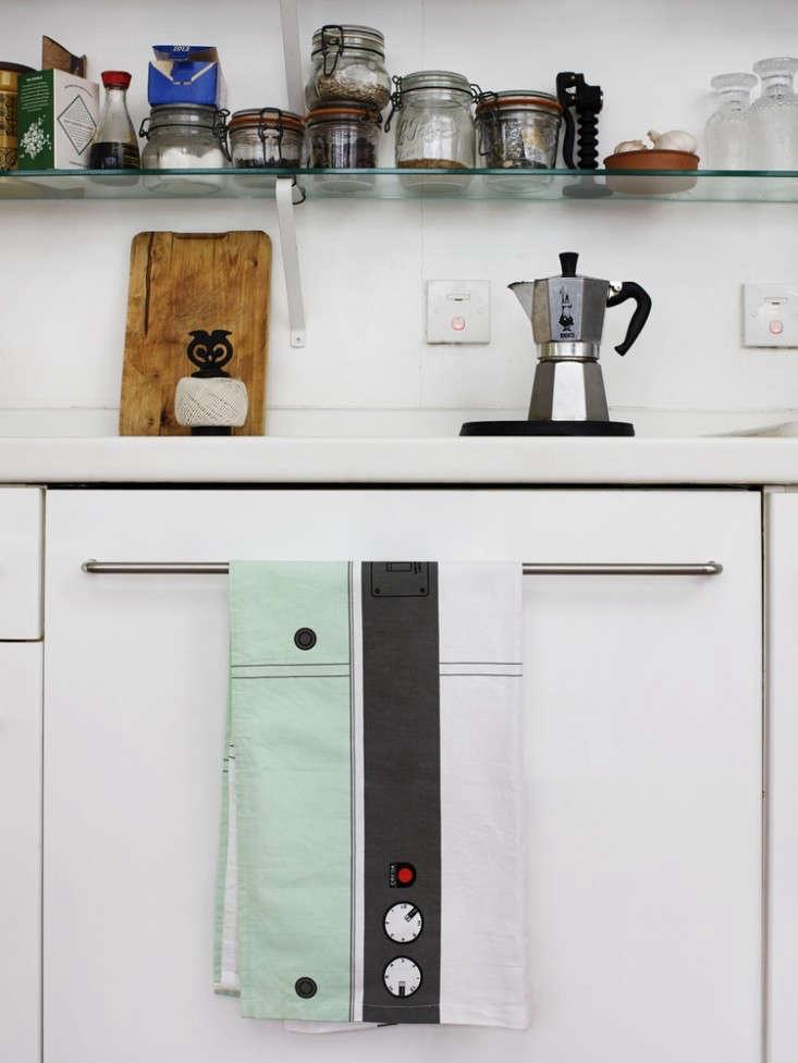 The New British Wave 12 Kitchen and Dining Essentials portrait 3