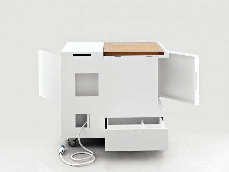 10 Easy Pieces Modular Kitchen Workstations portrait 6