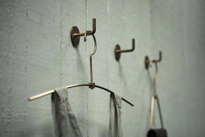 brass hanger chiba 15