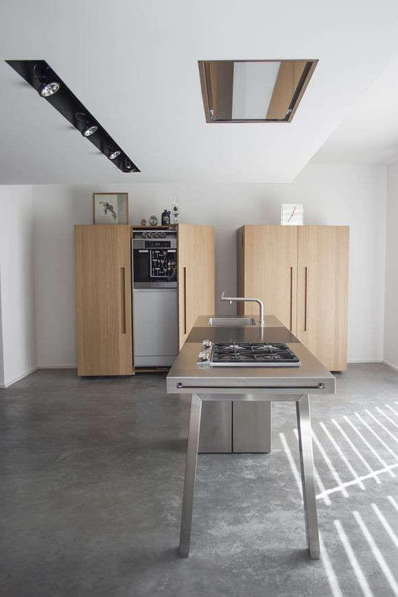 Good Kchen 9 German Kitchen Systems portrait 4
