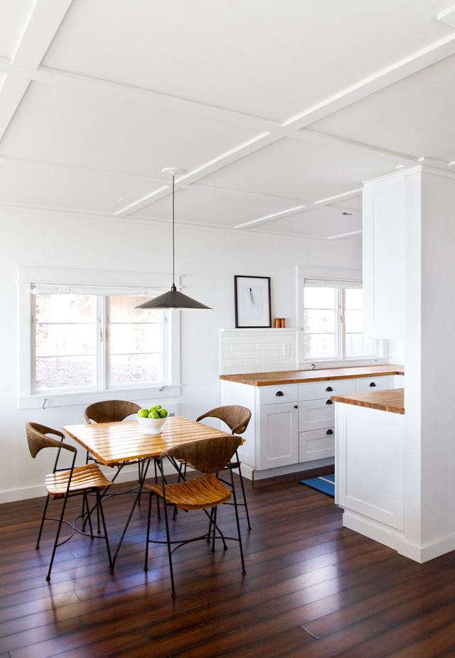 cabin kitchen 52sm1 0