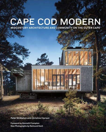 The PondFront Rental The Cape Cod Modern House Trust portrait 14
