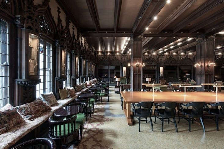 chicago athletic assocation lobby