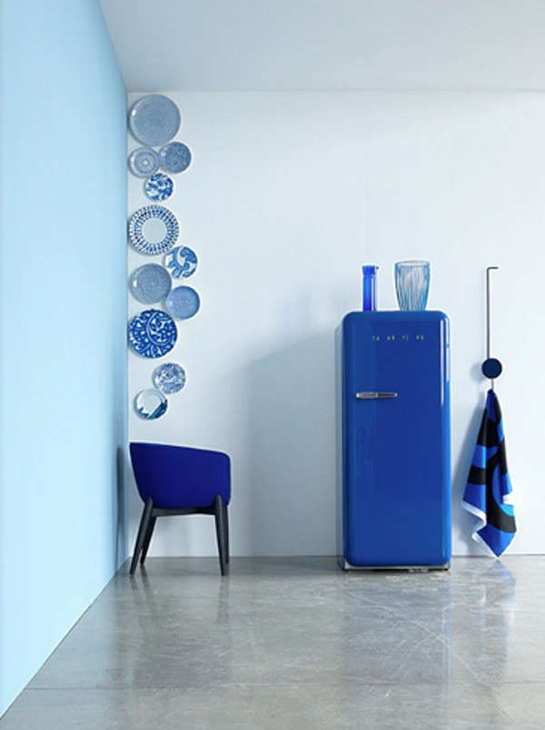 A cobalt blue Smeg refrigerator in a photograph bySylvie Becquetfrom our postAccessories: Plates as Wall Decor.