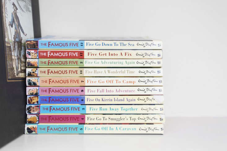 vacation reading: enid blyton&#8\2\17;sfamous fivekids&#8\2\17; boo 15