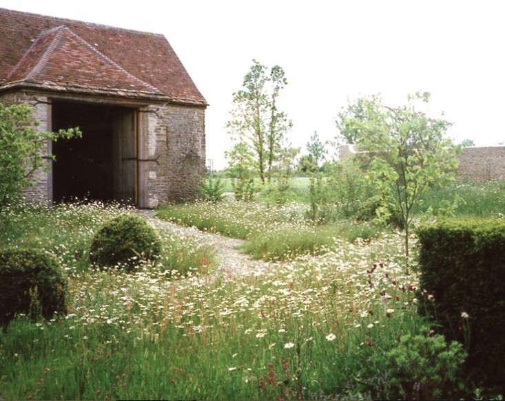 cottage garden miranda brooks gardenista