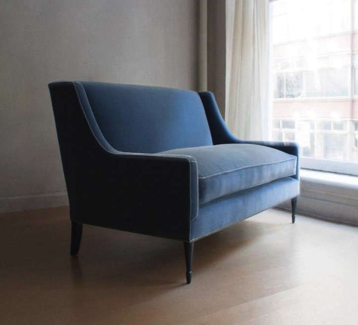 10 Easy Pieces The Blue Velvet Sofa Luxe Edition portrait 4