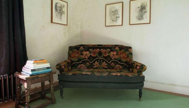 durslade bedroom green floor