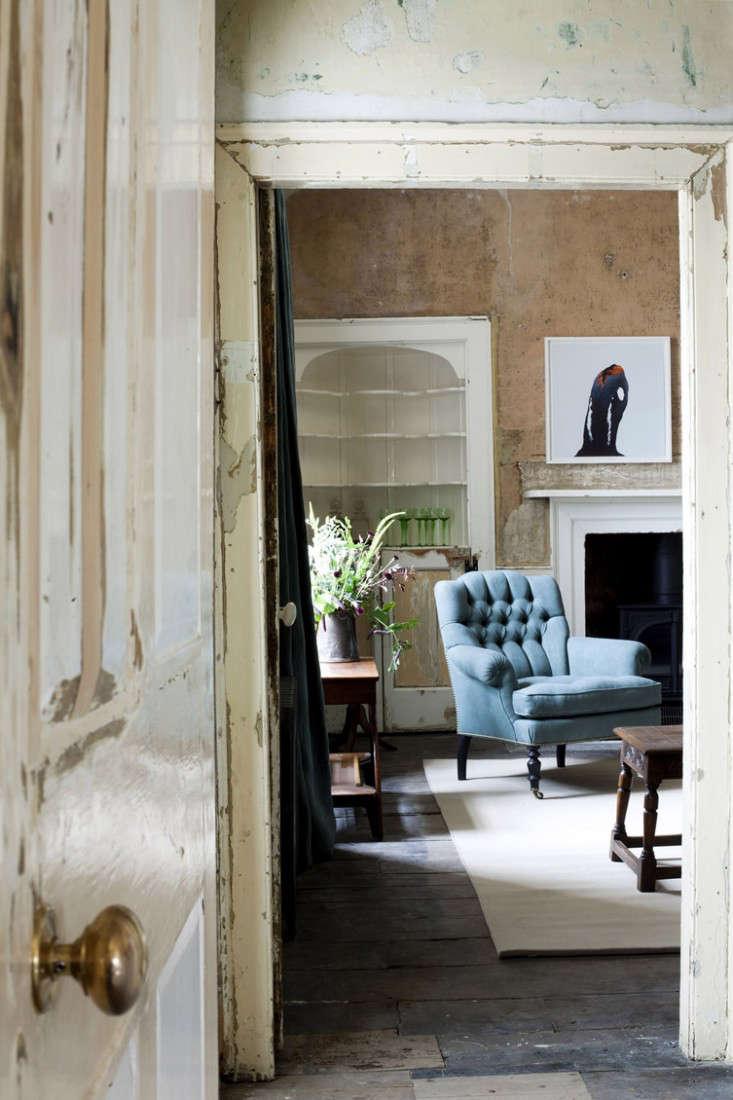 Durslade Farmhouse in Somerset The New Bloomsbury portrait 5