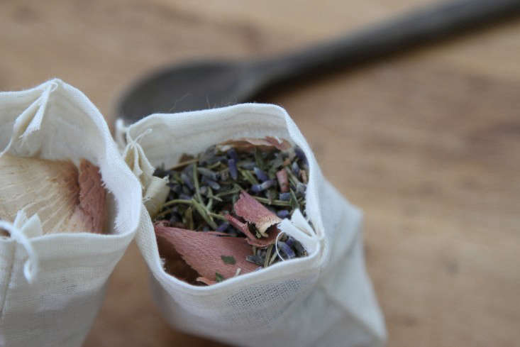 DIY sachets to keep away moths, Erin Boyle photo | Remodelista