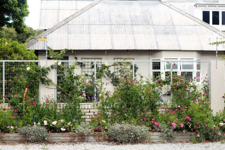 Trending on Gardenista Vacation House Gardens portrait 3_19