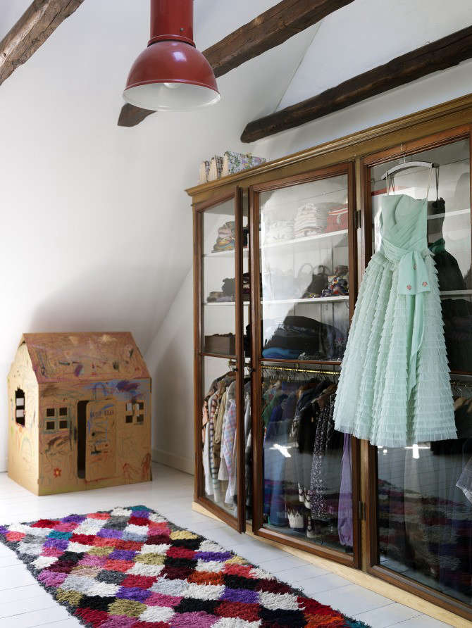 The New Transparency 7 GlassFronted Closets and Wardrobes portrait 9