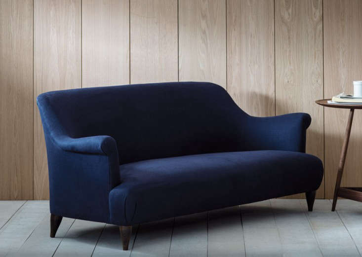 10 Easy Pieces The Blue Velvet Sofa Luxe Edition portrait 11