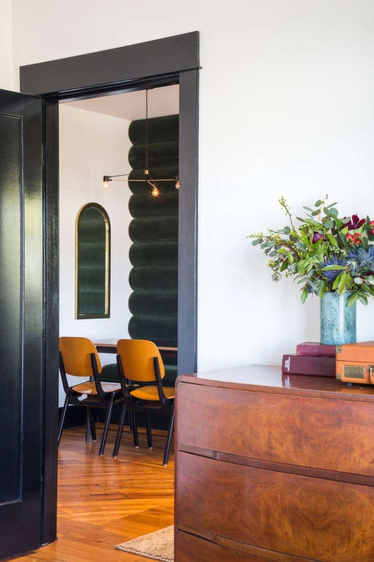 hotel covell velvet wall 2