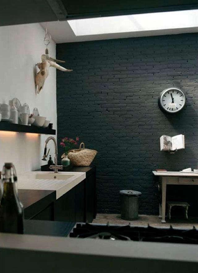 hotze eisma black wall kitchen photo 2