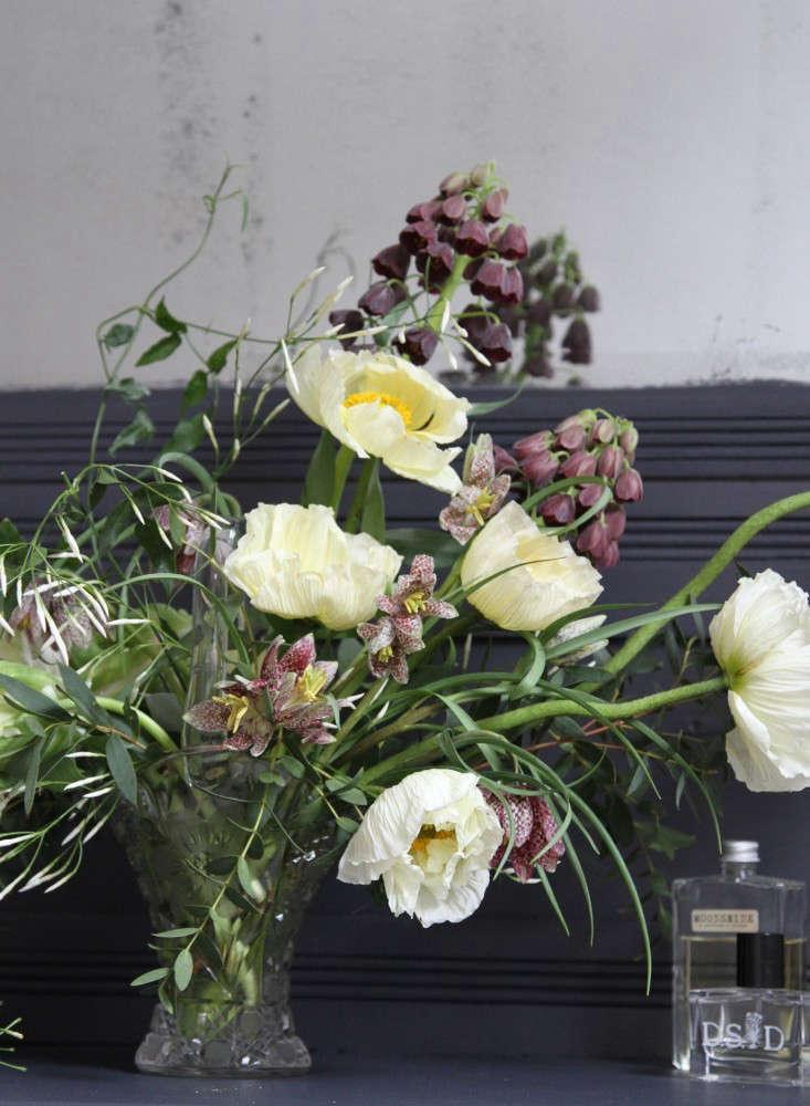 jamess daughter flowers dresser erin boyle gardenista