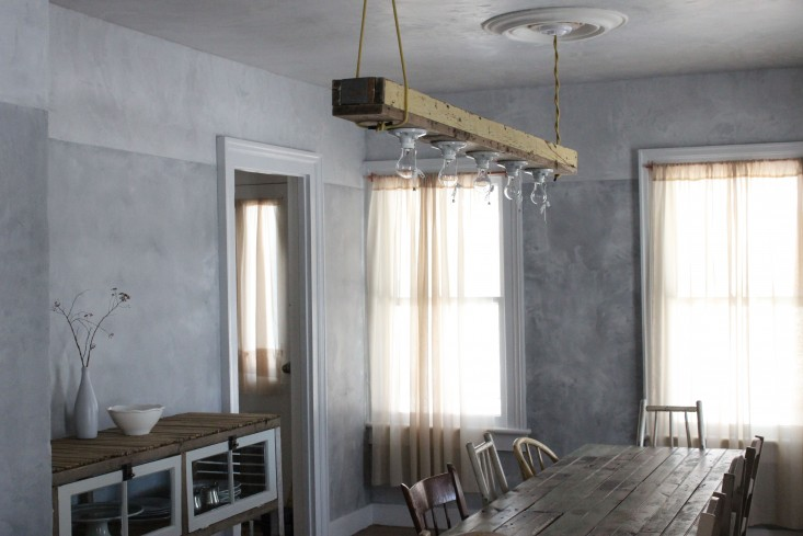 Plaster and limewash walls seem to be everywhere; inspired by the Belgian interiors of Axel Vervoordt, perhaps, as in this project from Jersey Ice Cream Co. (above). For more, see Remodeling loading=