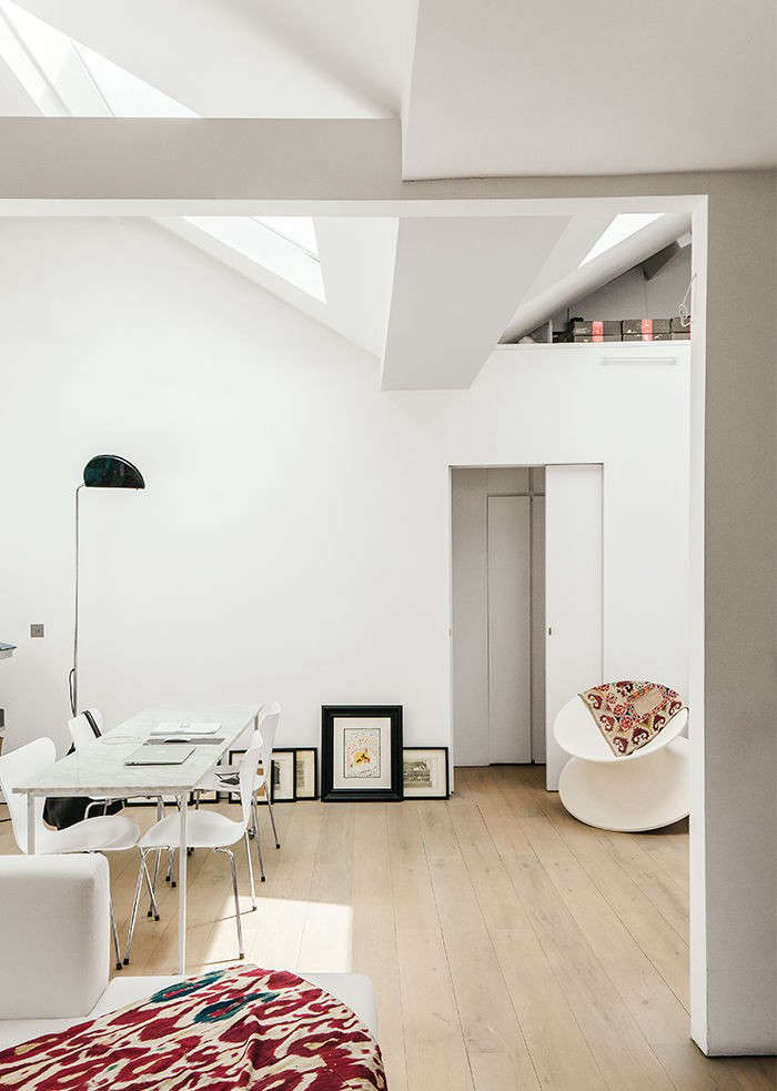 A Minimalist Aerie for a Worldly Architect London Edition portrait 6