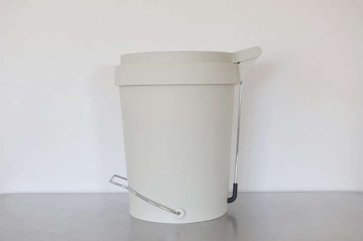 The Pedal Trash Bin Reinvented by a Design Star portrait 4