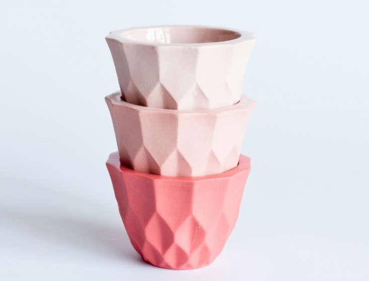 Soft Touch Pastel Pottery by Lenneke Wispelwey  portrait 5