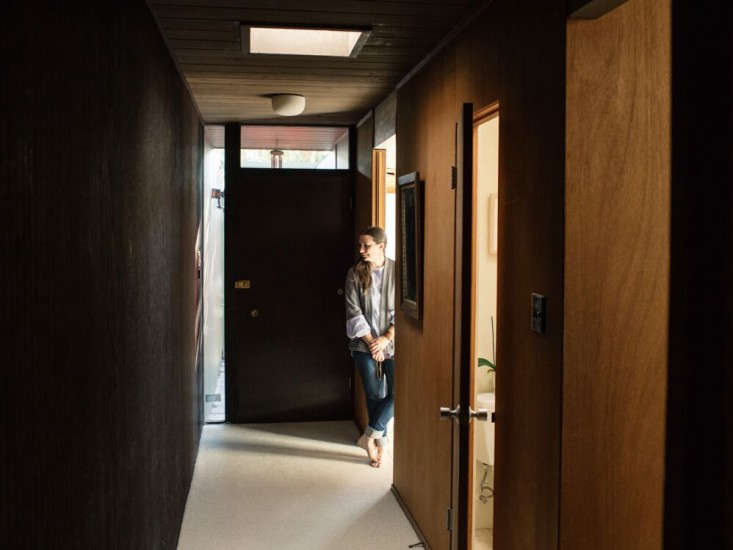 leslie williamson brian ferry hallway
