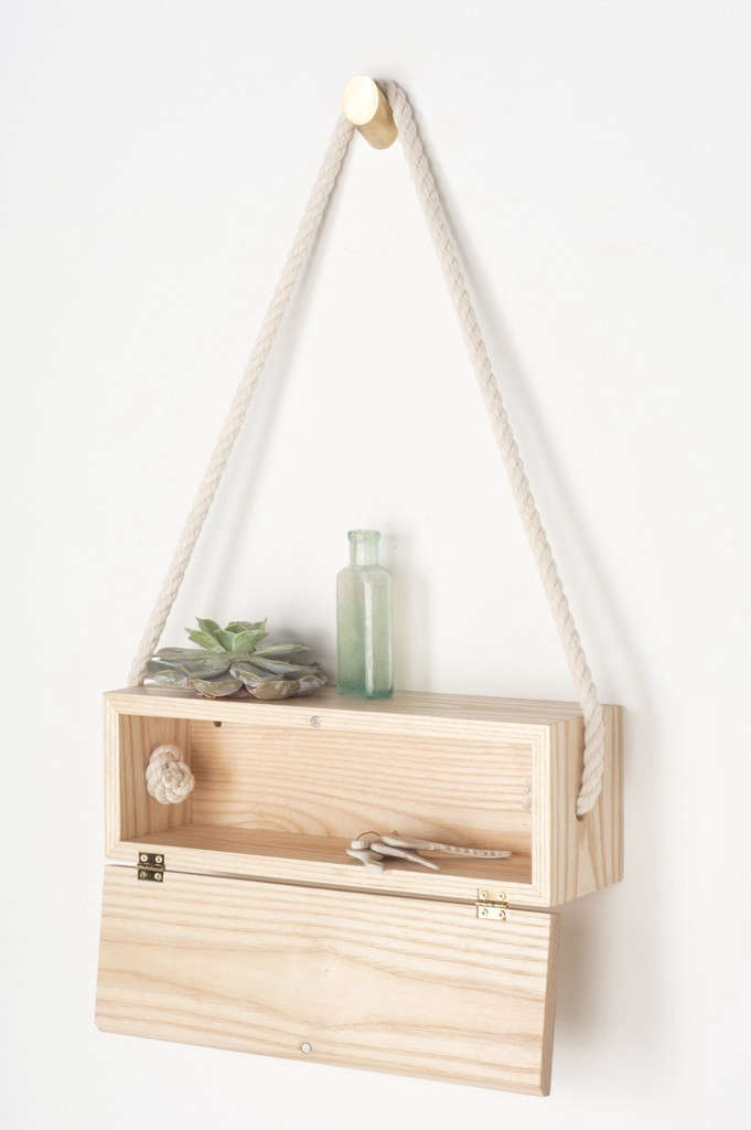 light and ladder hanging box