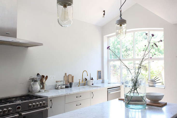 Steal This Look An Airy LightFilled Kitchen in South London portrait 4