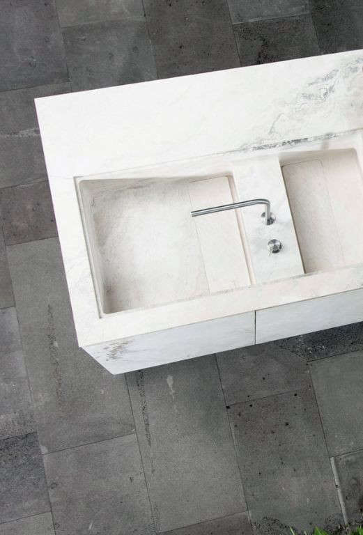 An integrated double sink in the Oco Kitchen system by Italian company Vaselli.