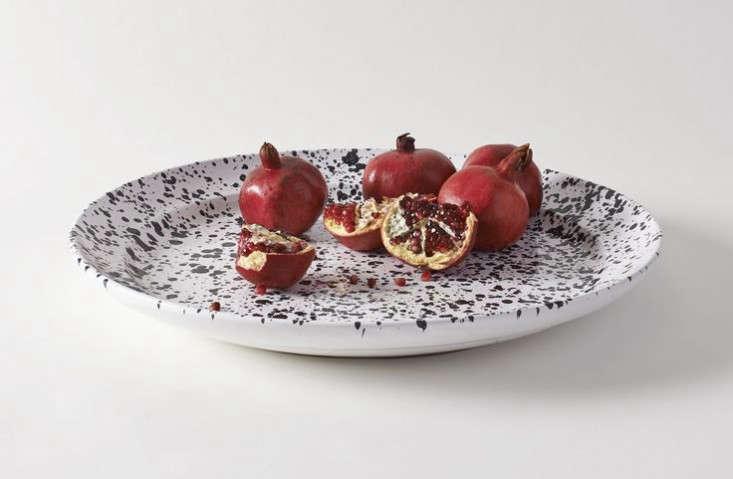 New Serving Splatterware Ceramics from Italy portrait 3