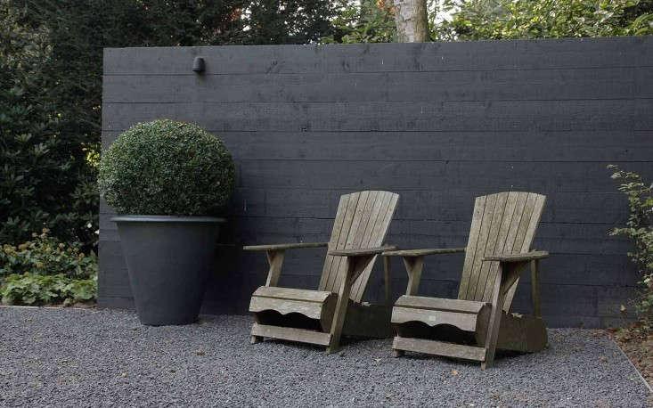 martin veltkemp black fence