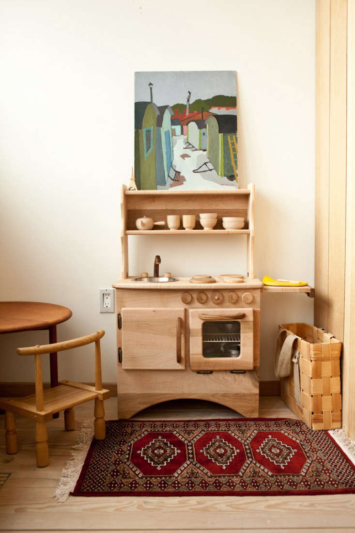 A ScandinavianInspired Kitchen with Hints of Japan portrait 12