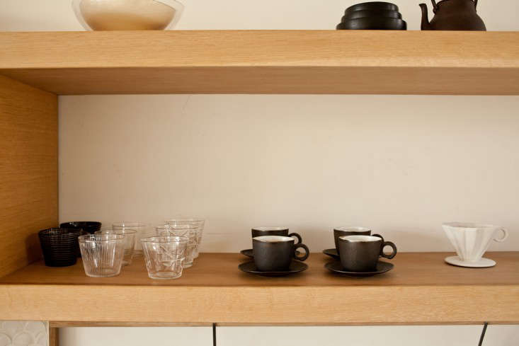 A ScandinavianInspired Kitchen with Hints of Japan portrait 7