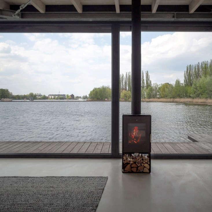 modern houseboat berlin 10