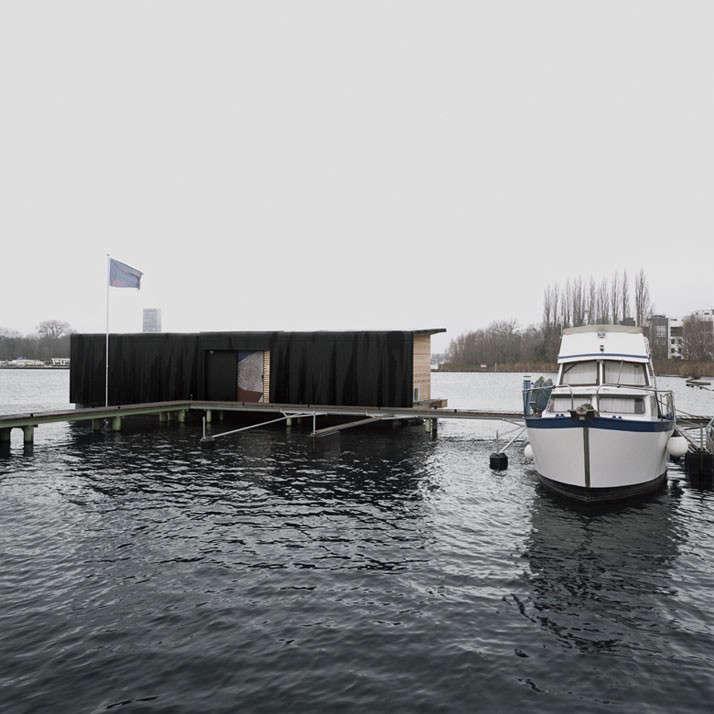 modern houseboat berlin dock 2