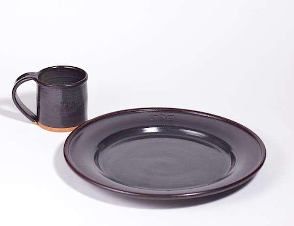 10 Easy Pieces Handmade Dinnerware from Ceramics Studios portrait 8