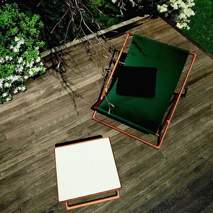 paola lenti sling chairs gardenista