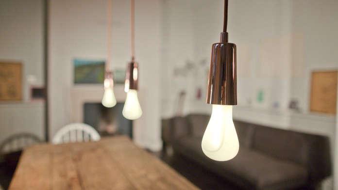 10 Easy Pieces Festive Lightbulbs Holiday Edition portrait 8